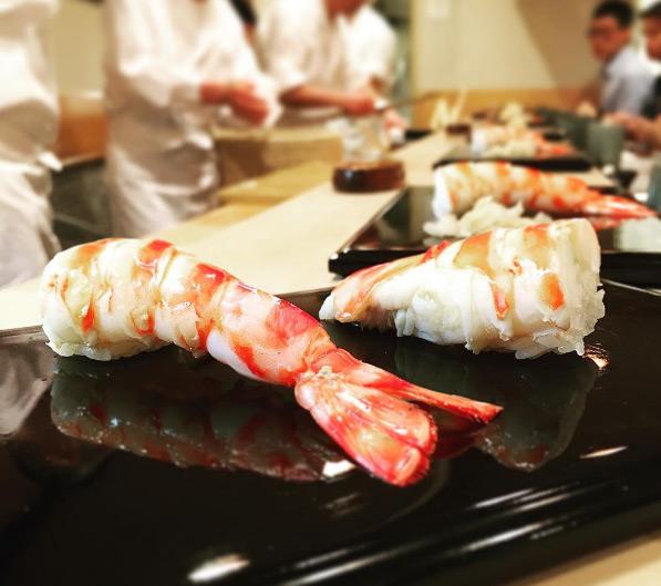 quan-sushi-noi-tieng-duoc-beckham-tong-thong-obama-ghe-qua-11