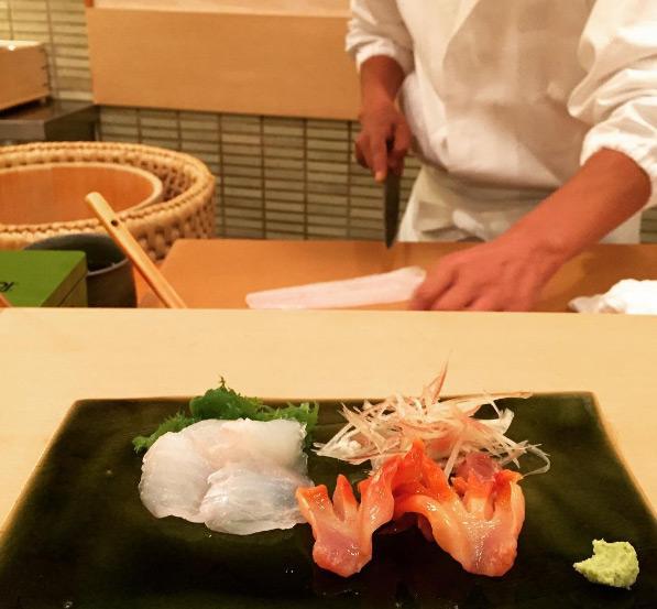 quan-sushi-noi-tieng-duoc-beckham-tong-thong-obama-ghe-qua-5