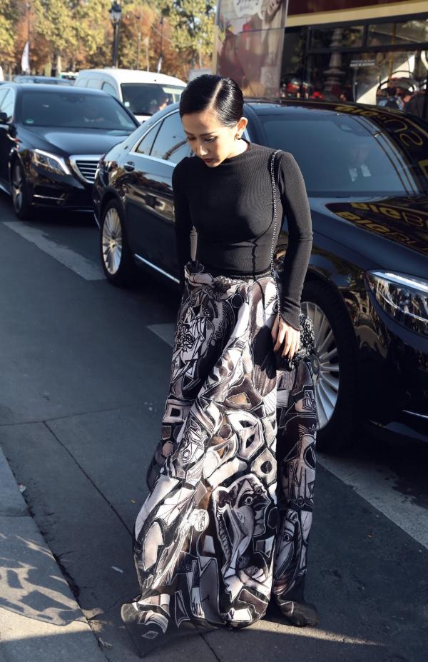 phong-cach-quy-phai-cua-tram-nguyen-tai-paris-fashion-week-5