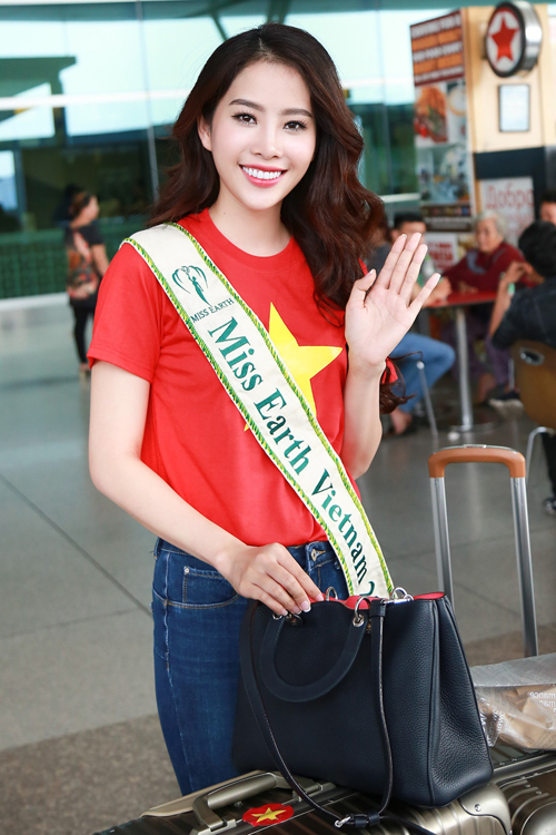 nam-em-mang-11-valy-hanh-ly-di-thi-miss-earth-6