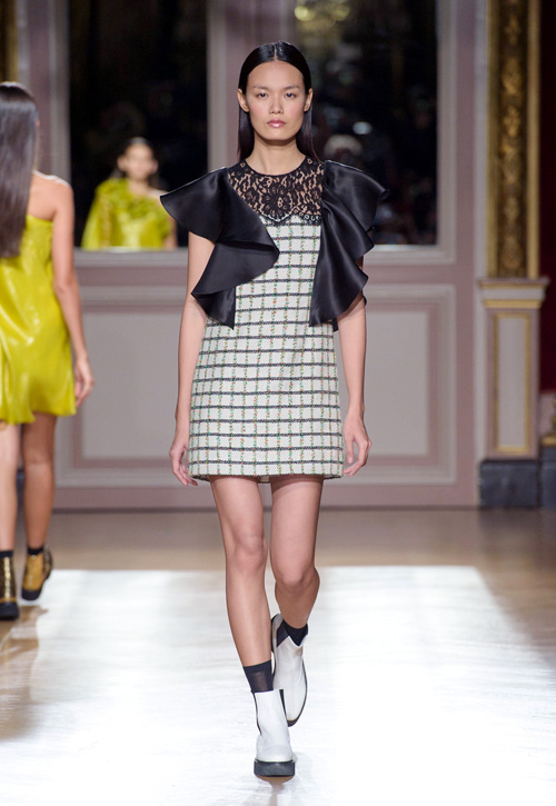 thanh-thao-next-top-trung-2-show-o-paris-fashion-week-5