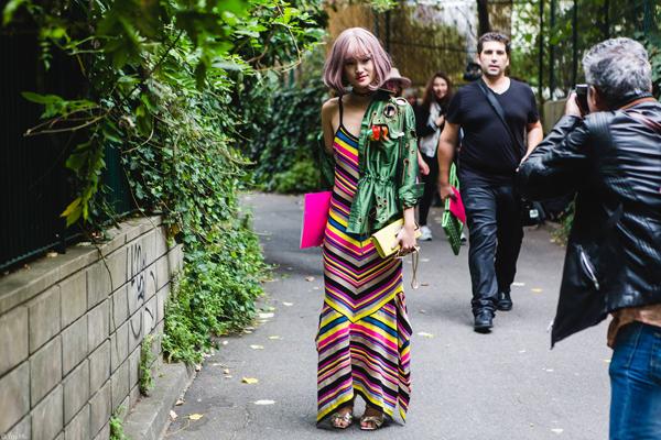 fashionista-viet-toa-sang-tren-pho-paris-1