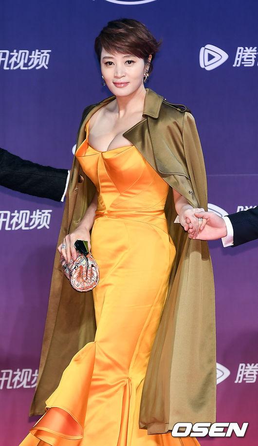 kim-hye-soo-o-ep-het-co-vong-mot-2