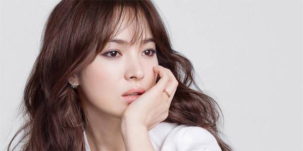 song-hye-kyo-thang-kien-vu-co-dai-gia-chong-lung