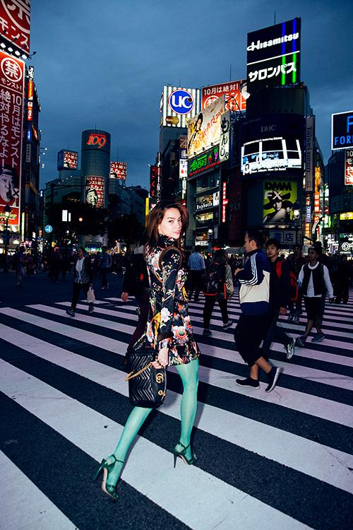 street-style-tre-trung-cua-ho-ngoc-ha-tren-pho-tokyo-5