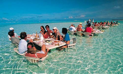 13 nhà hàng khiến thực khách quên cả đồ ăn
