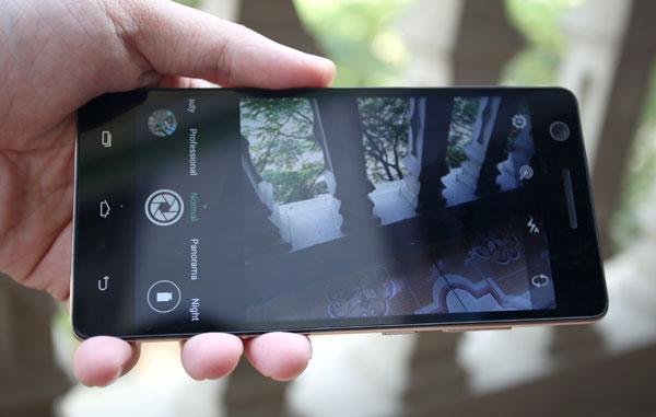 mo-hop-smartphone-gia-hon-ba-trieu-co-cam-bien-van-tay-4