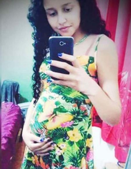 Thai phụValissia Fernandes de Jesus và thai nhi 8 tháng trong bụng tử vong sau vụ tấn công kinh hoàng. Ảnh: