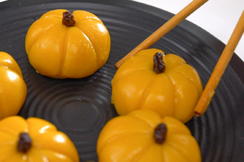 banh-mochi-bi-do-cho-le-hoi-halloween-6