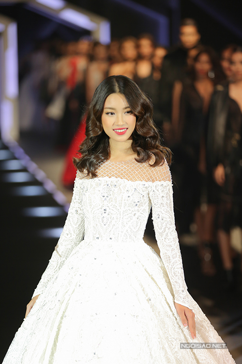 do-my-linh-lam-vedette-show-chung-thanh-phong-4