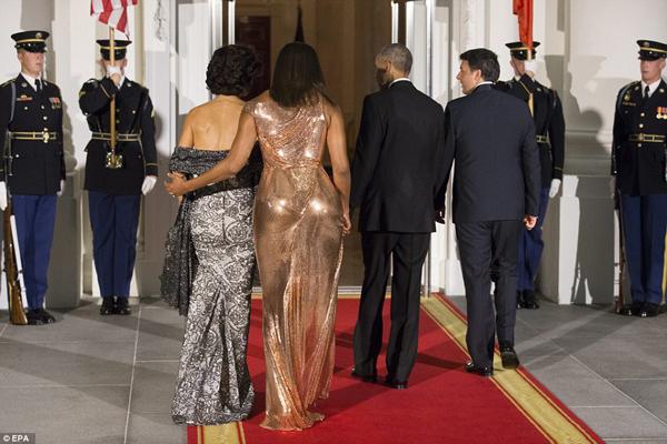 ba-obama-long-lay-trong-quoc-yen-cuoi-cung-o-nha-trang-4