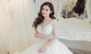 3 mẫu váy cưới 'cứu nguy' cho cô dâu ngực lép