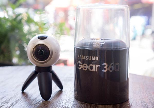 mo-hop-camera-samsung-gear-360-gia-7-trieu-dong-9