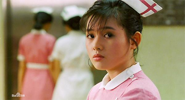 nu-hoang-phim-18-hong-kong-nhan-sac-tut-doc-khong-phanh-3