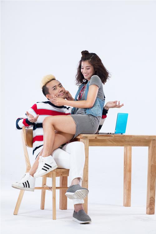 Trong bộ ảnh này, nam diễn viên, MC điển trai diễn xuất rất tự nhiên bên cạnh cô em gái Chibi. Cả hai vui đùa, tạo dáng nhí nhảnh để có những bức hình dễ thương, tinh nghịch đúng với tinh thần buổi chụp.
