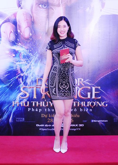 ca-nuong-kieu-anh-song-doi-chong-di-xem-phim-4