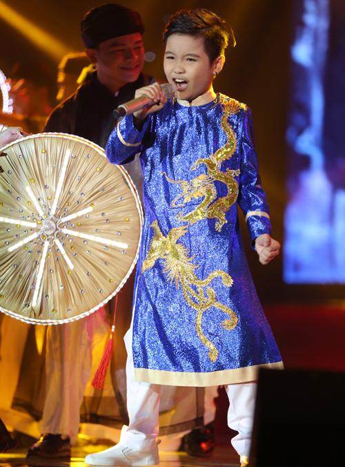 trinh-nhat-minh-doat-quan-quan-giong-hat-viet-nhi-2016-10