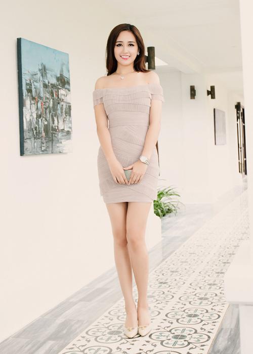 mai-phuong-thuy-xuat-hien-rang-ro-sau-su-co-photoshop-9