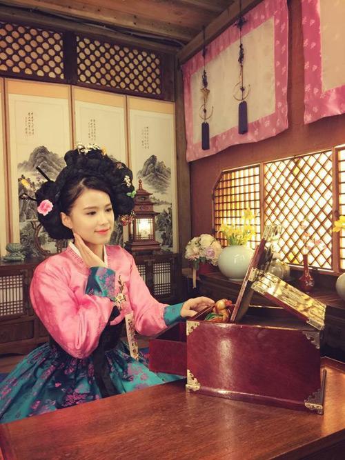 mc-bao-linh-4-mua-di-han-quoc-ma-khong-chan-4