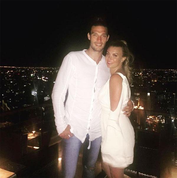Andy Carroll và vợ, người đẹp Billi Mucklow.