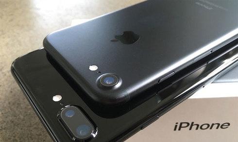 iPhone 7 chính hãng giá từ 18,8 triệu đồng