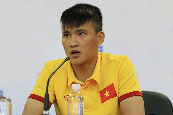 cong-vinh-bat-ngo-chia-tay-binh-duong-truoc-aff-cup