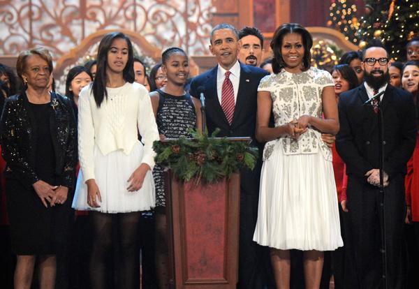 michelle-obama-va-con-gai-tam-dau-y-hop-ve-thoi-trang