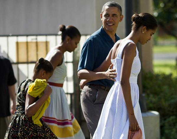 michelle-obama-va-con-gai-tam-dau-y-hop-ve-thoi-trang-11
