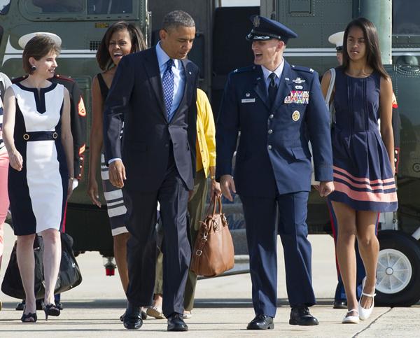 michelle-obama-va-con-gai-tam-dau-y-hop-ve-thoi-trang-2