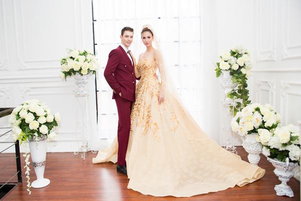 [Caption]Tông màu nâu đất - vàng ánh kim phù hợp với đám cưới mùa thu.