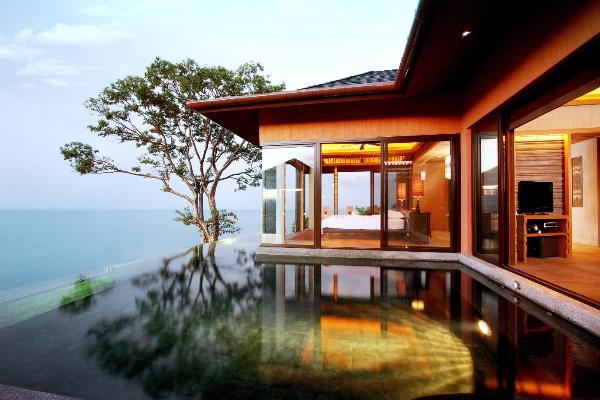 kham-pha-phong-tam-tai-cac-resort-5-sao-trong-rung-xin-edit-4
