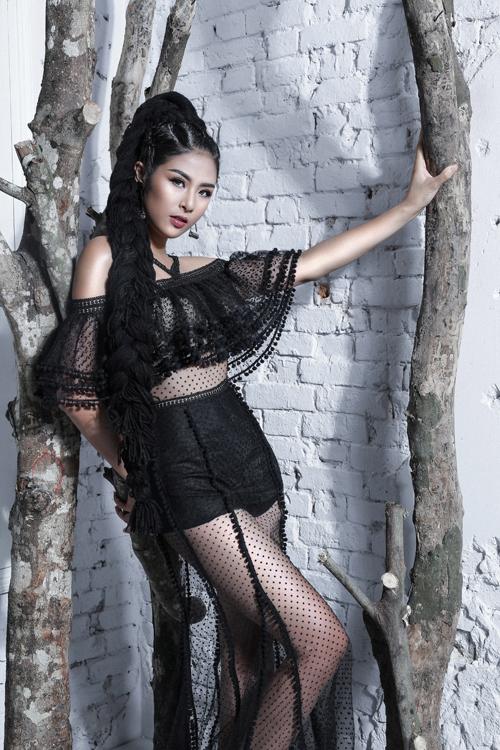 ngoc-han-sexy-cung-dam-xuyen-thau