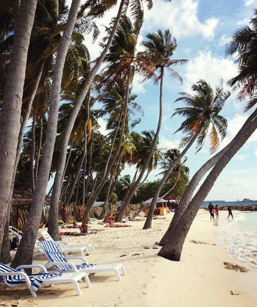 chuyen-di-maldives-cua-me-don-than-ung-thu-va-con-trai-8