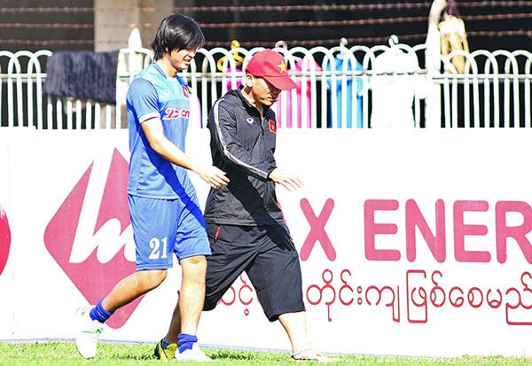tuan-anh-lan-dau-ra-san-tap-o-myanmar-3