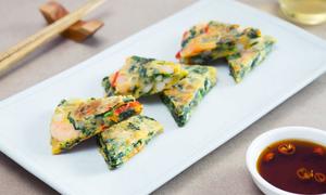 Bánh trứng chiên hải sản kiểu Hàn Quốc