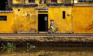 Hội An được ví là 'thị trấn nhuộm màu vàng mê hoặc'