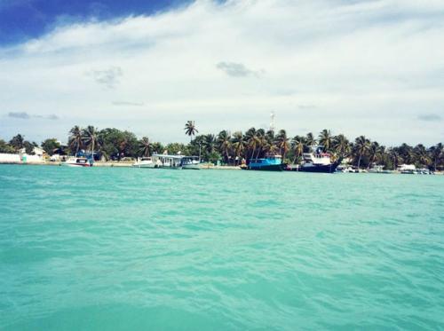 chuyen-di-maldives-cua-me-don-than-ung-thu-va-con-trai-6
