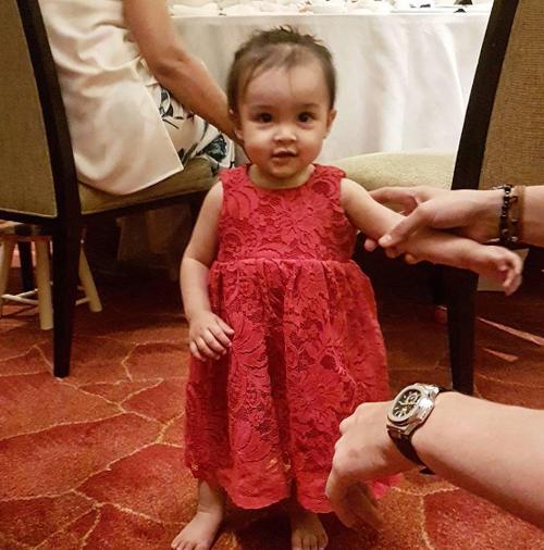 my-nhan-dep-nhat-philippines-to-chuc-sinh-nhat-1-tuoi-cho-con-gai-cung-7