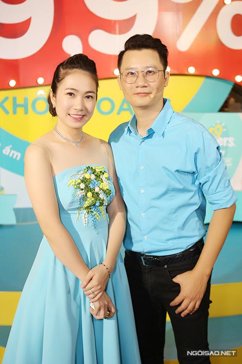 con-trai-khanh-thi-hieu-dong-trong-su-kien-2