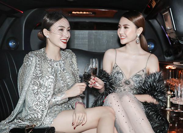 le-ha-ngoc-duyen-ngoi-xe-limousine-di-xem-show-victorias-secret