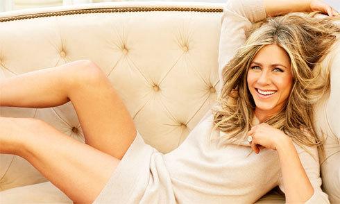 Jennifer Aniston thú nhận từng sex trên máy bay