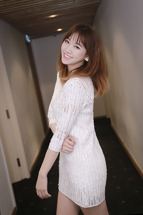 hari-won-mai-chay-show-truoc-tin-sap-cuoi-2