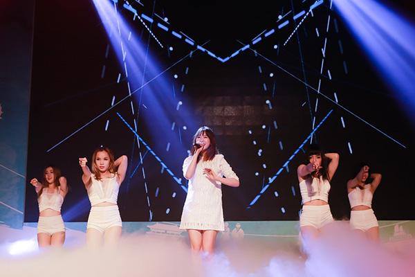 hari-won-mai-chay-show-truoc-tin-sap-cuoi-4