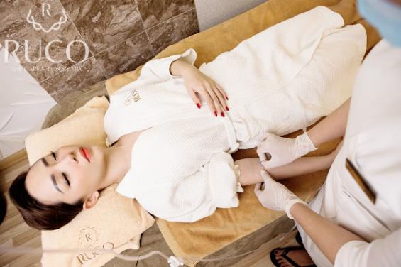 lot-xac-voi-goi-lieu-trinh-luxury-skin-tai-ruco-spa-2