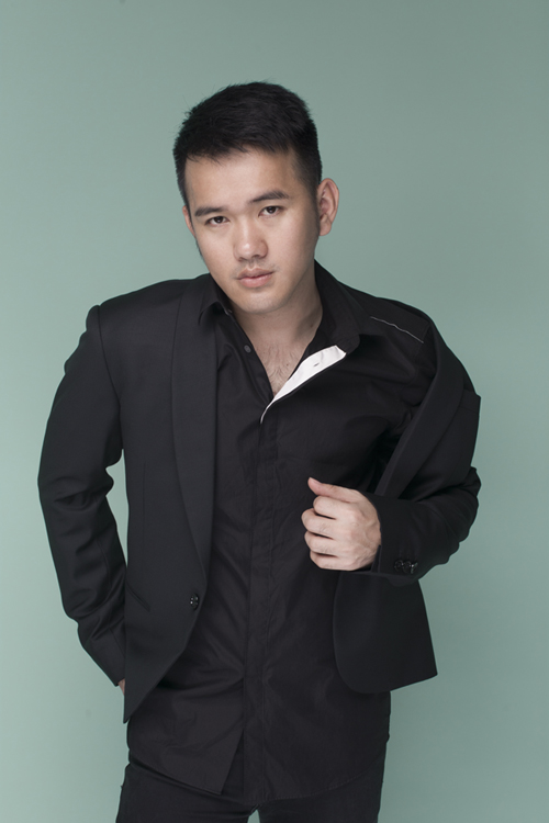 Sau nhiều năm ấp ủ, Lê Thanh Hoà và ê kíp của mình đã hoàn tất các khâu quan trọng cho show diễn cá nhân đầu tiên.