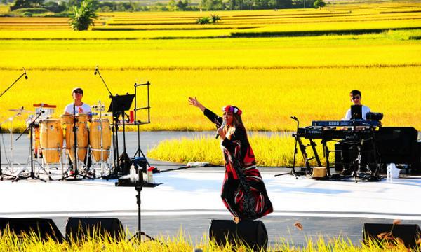 con-duong-lua-song-ao-dep-nhu-tranh-o-dai-loan-11