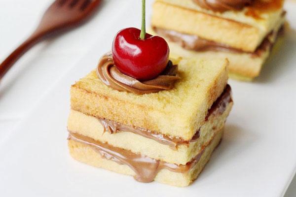bien-tau-sandwich-thom-ngon-cho-bua-sang-4