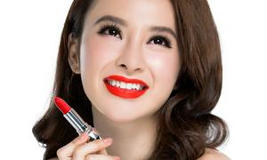 Chọn son môi tông đỏ như Angela Phương Trinh