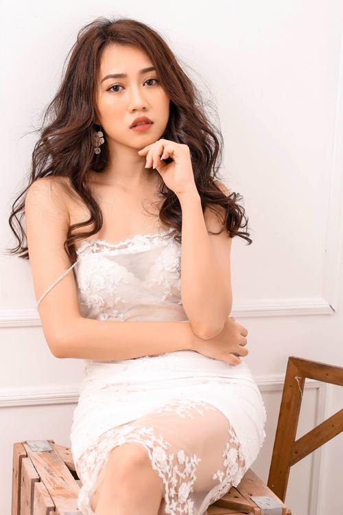 lona-huynh-tao-dang-tre-nai-voi-vay-ao-goi-cam-3