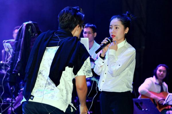 phuong-linh-tai-ngo-ha-anh-tuan-trong-ngay-dong-4